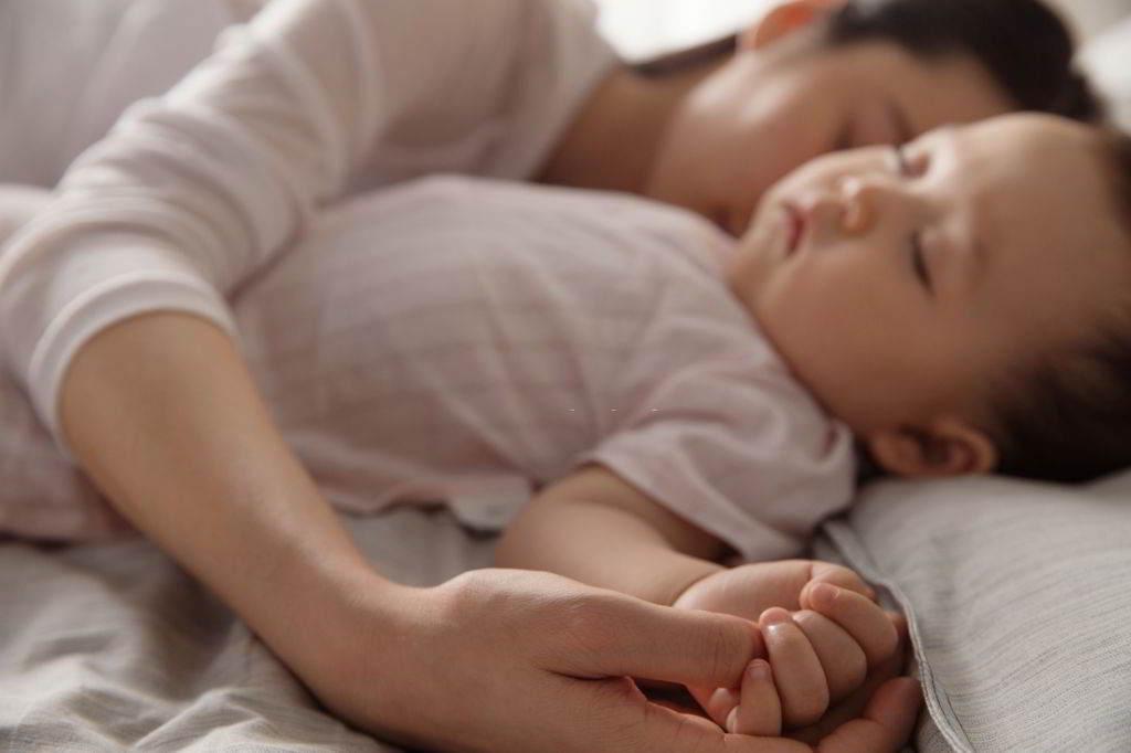 babies shake in sleep