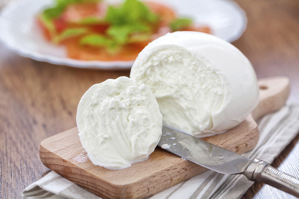 is cheese safe to eat during pregnancy