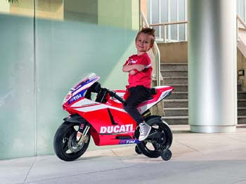 4. Peg Perego IGMC0020US Ducati GP Motorcycle
