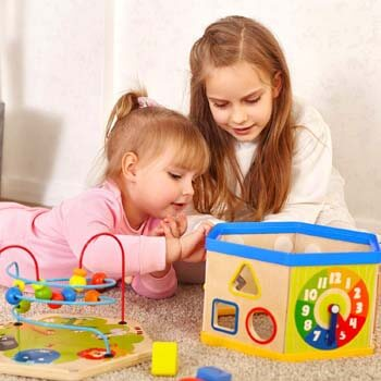 9. TOP BRIGHT Activity Cube Toys